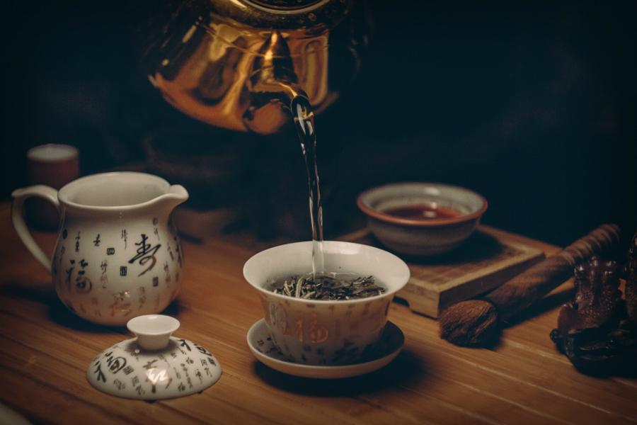 Nova iniciativa coordenada pela Comissão Europeia dá início a investigação a 50 empresas chinesas de cerâmica por promoverem concorrência desleal segundo as normas 'anti-dumping' da União Europeia (UE) em exportações de produtos de cerâmica como serviços de mesa e cozinha. | Transporte Internacional de Carga, Importação e Exportação de Mercadorias, Acordo de Comércio Internacional, exportação de produtos locais, importação de produtos locais